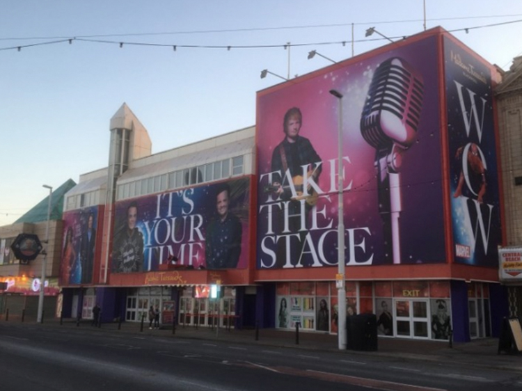 Madame Tussauds Signage Banners Graphics