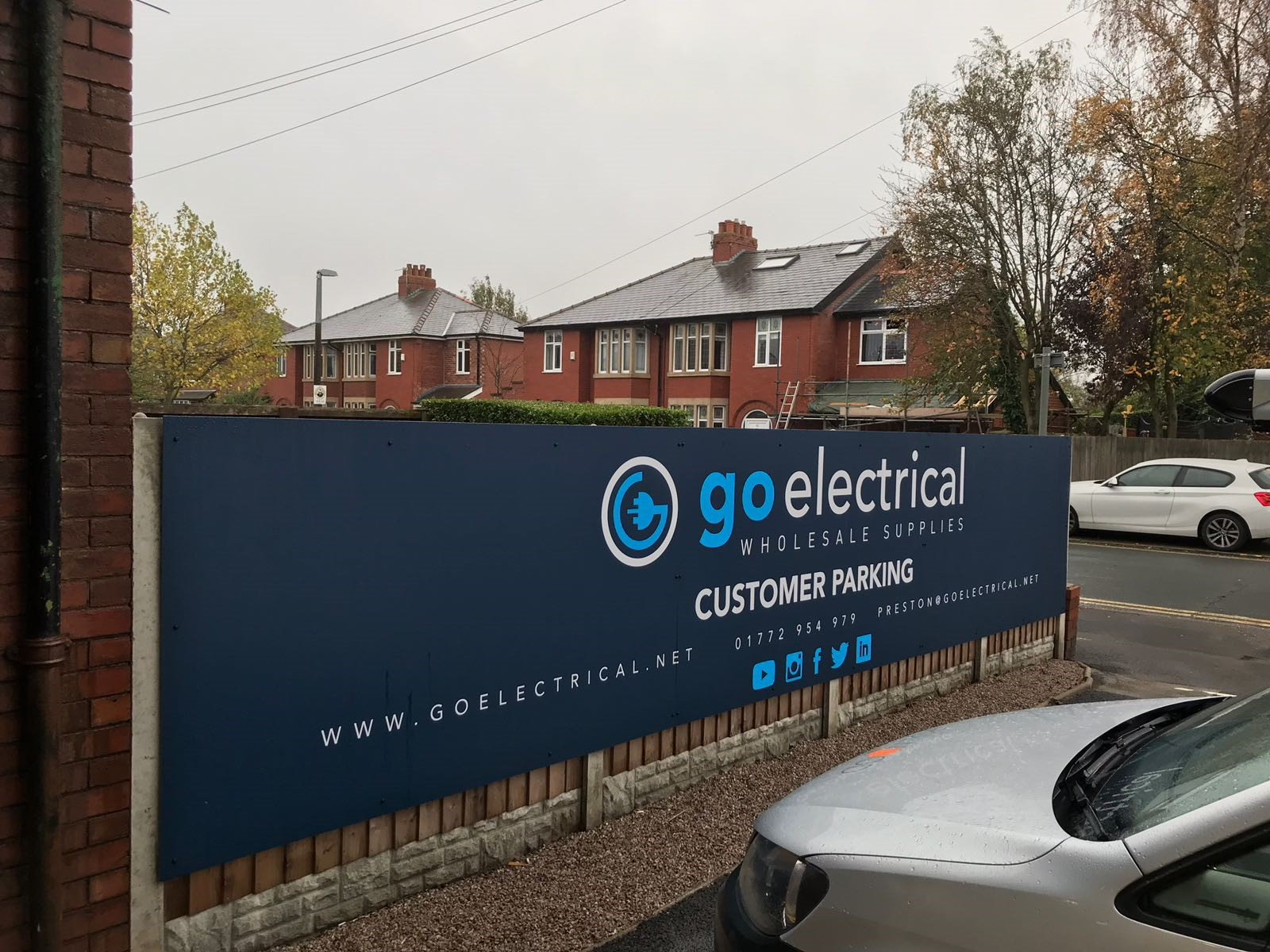 Go Electrical Signage Graphics Banner